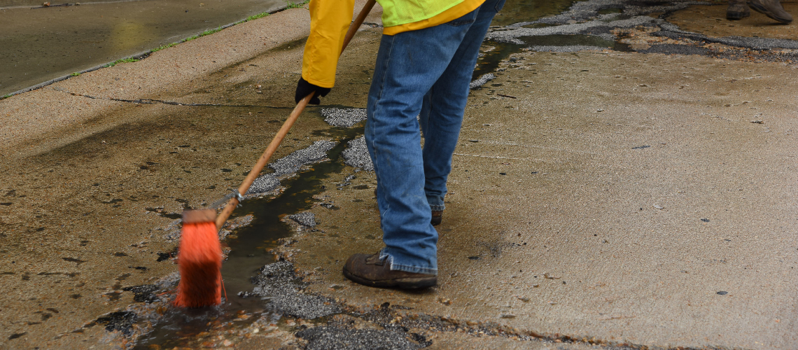 A Small Missouri Dpw Make Quick Repair Of Wet Potholes